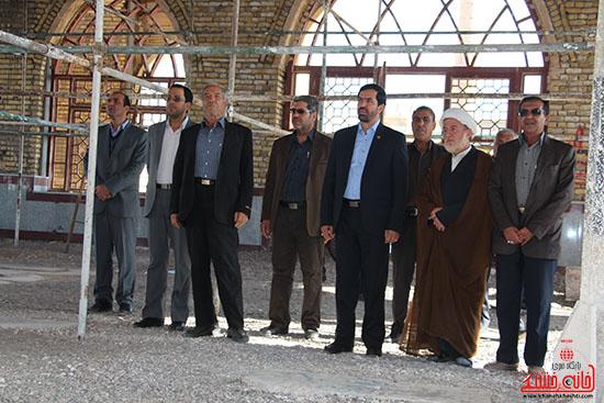 بازدید فرماندار از پروژه های بخش نوق رفسنجان-خانه خشتی (2)