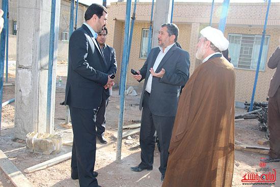 بازدید فرماندار از پروژه های بخش نوق رفسنجان-خانه خشتی (3)