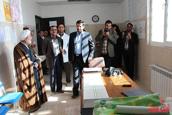 بازدید فرماندار از پروژه های بخش نوق رفسنجان-خانه خشتی (6)