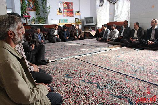 بازدید فرماندار از پروژه های بخش نوق رفسنجان-خانه خشتی (8)