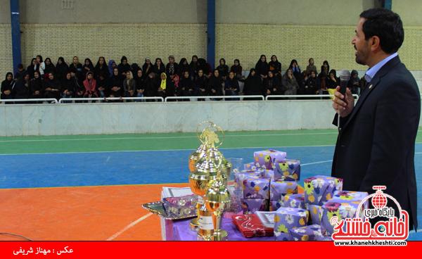 تجلیل از قهرمانان والیبال بانوان در رفسنجان4