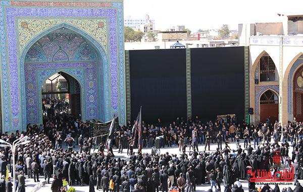 جوانان در هیئت های عزاداری راه امام حسین (ع) و انقلاب را پیدا کرده اند
