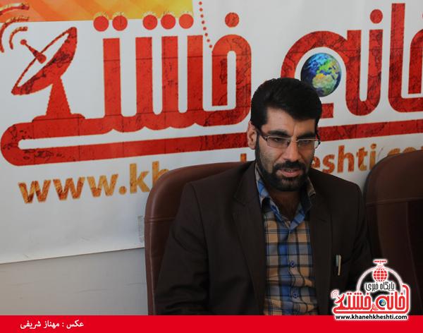 ابوالحسن ابولی شفا یافته در دفتر سایت خانه خشتی رفسنجان2