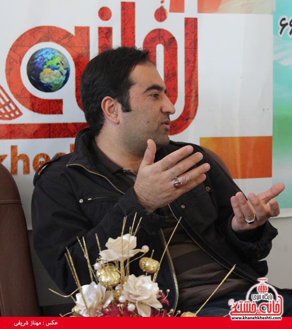 سید محسن سجادی عکاس کشوری در دفتر سایت خانه خشتی رفسنجان2