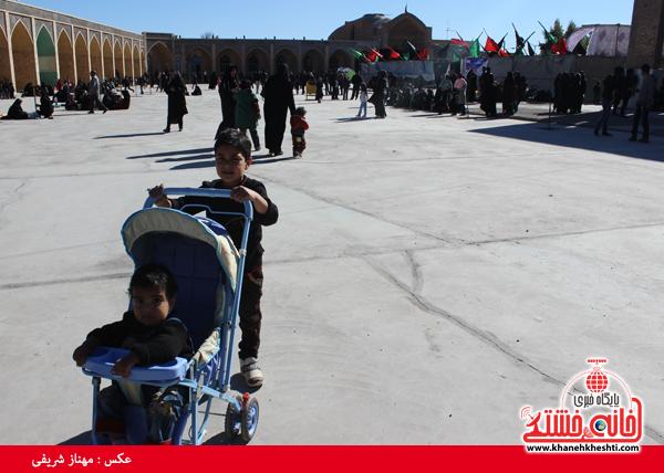11پیاده روی اربعین رهپویان کربلا در رفسنجان