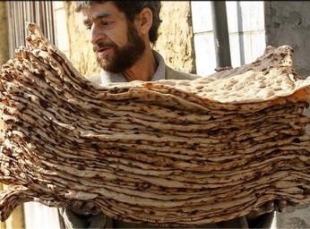 قیمت انواع نان در کرمان با افزایش ۲۰ درصدی اعلام شد