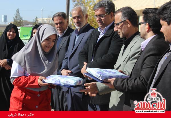 3برگزیدگان مسابقه امداد در سوانح در دانشگاه پیام نور رفسنجان(خانه خشتی)