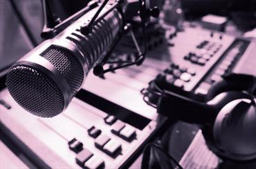 هر ساله یک هزار و ۲۰۰ ساعت برنامه از رادیو رفسنجان پخش می شود