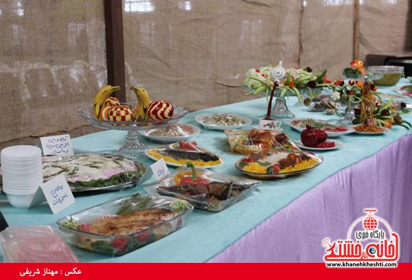 افتتاح نمایشگاه کوثر در مصلی امام خامنه ای رفسنجان(خانه خشتی)۱۲