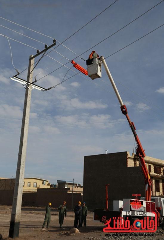 افتتاح پروژه برق رسانی رفسنجان_خانه خشتی (۳)