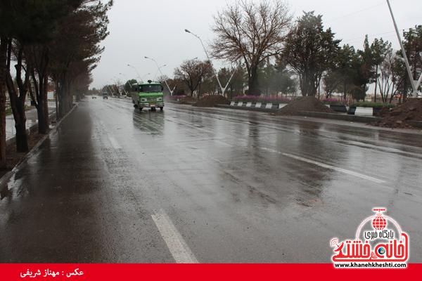 دوربین خانه خشتی در روز بارانی رفسنجان
