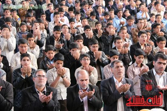 جشن تکلیف۲۰۰۰دانش آموزپسردررفسنجان (۱۵)