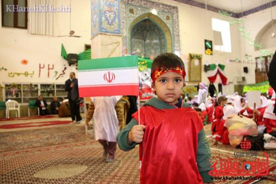 راهپیمایی سربازان کوچک انقلاب اسلامی در رفسنجان دهه فجر۹۳ (۲۱)