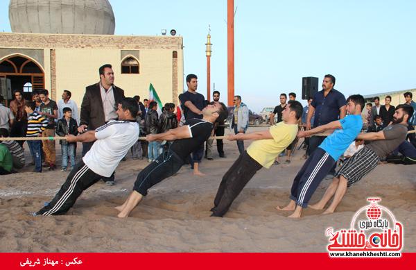 مسابقات طناب کشی روستای عرب آباد شهدای رفسنجان(خانه خشتی)۸