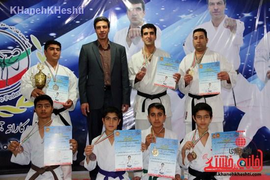 کسب مدال قهرمانی ورزشکاران رفسنجانی در مسابقات کاراته سبک شوتوکان SKI کشور
