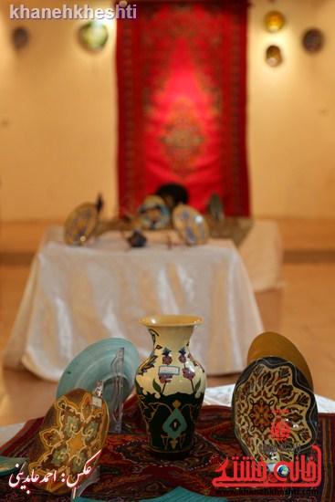 نمایشگاه گروهی «نقاشی روی سفال» در رفسنجان برپا شد+عکس