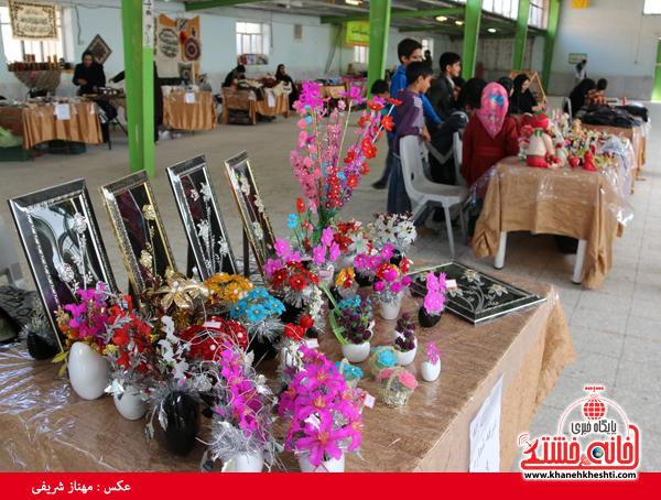 نمایشگاه صنایع دستی در رفسنجان-خانه خشتی۴