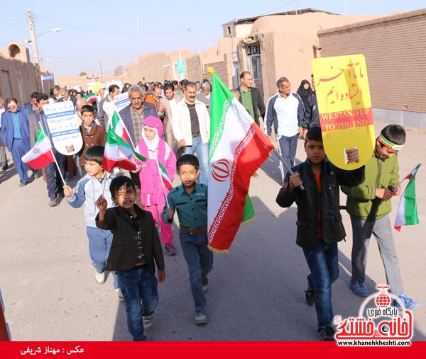 همایش پیاده روی خانوادگی روستای قاسم آباد رفسنجان(خانه خشتی)۳