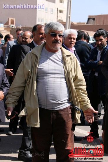 فرهنگیان رفسنجانی در اعتراض به وضعیت معیشتی خود مقابل فرمانداری تجمع کردند (۲)