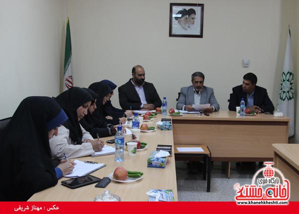 نشست مطبوعاتی شهردار رفسنجان با اصحاب رسانه-خانه خشتی (۲)