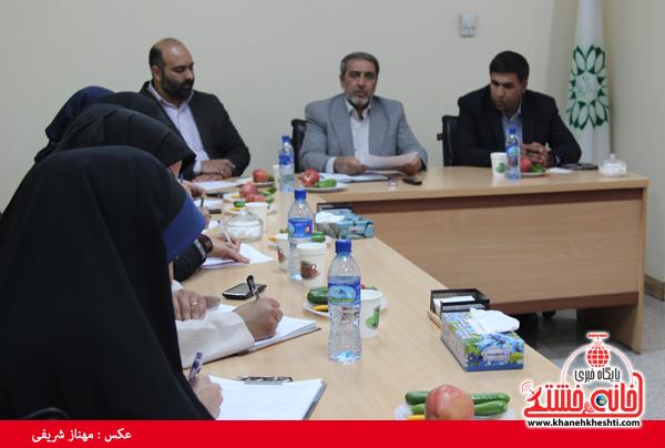 نشست مطبوعاتی شهردار رفسنجان با اصحاب رسانه-خانه خشتی (۶)