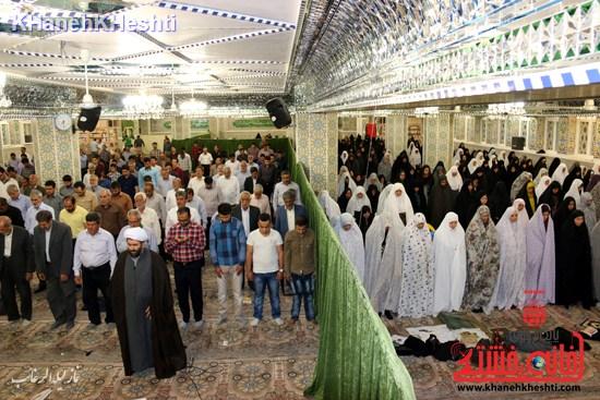 نماز لیله الرغائب در رفسنجان به صورت جمعی اقامه شد + عکس