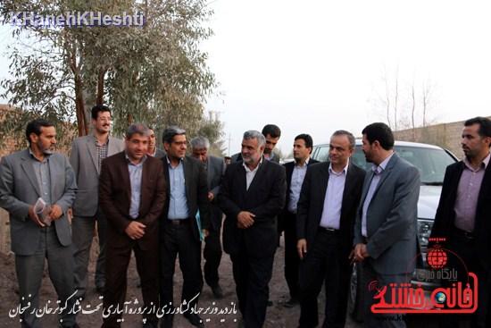 وزیر جهاد کشاورزی از پروژه آبیاری تحت فشار کبوترخان بازدید کرد (۴)