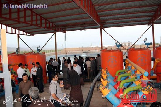دوربین خانه خشتی در بازدید وزیر جهاد کشاورزی از پروژه آبیاری تحت فشار کبوترخان رفسنجان