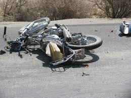فوت موتورسوار ۳۰ ساله در برخورد با جرثقیل در رفسنجان