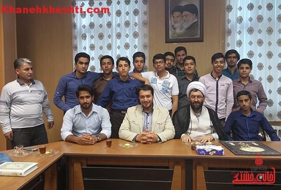 اعضای اتحادیه انجمن اسلامی جز، افراد موفق جامعه هستند