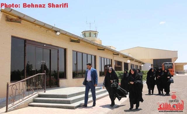 مشاور فرماندار و هیئتی از اداره کل فرودگاه های استان کرمان از فرودگاه رفسنجان بازدید کردند + عکس