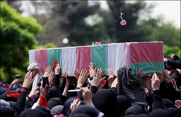 تشییع پیکر آزاده و جانباز دفاع مقدس در رفسنجان