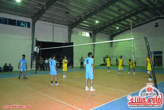 مسابقات والیبال جام رمضان در رفسنجان آغاز شد