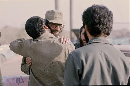 سه تصویر کمتر دیده شده از مقام معظم رهبری در خط مقدم جبهه