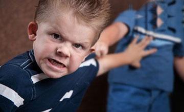 ۱۰ راه برای آرام کردن کودک بدخلق