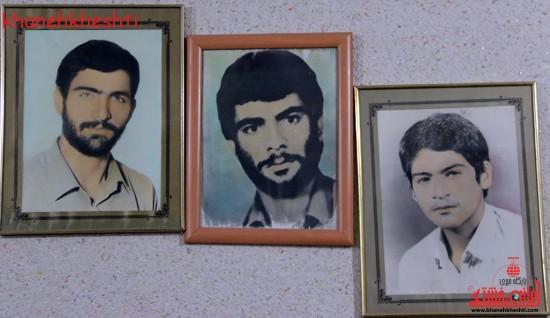 استاندار کرمان با خانواده شهیدان کدخدایی در رفسنجان دیدار کرد (۴)