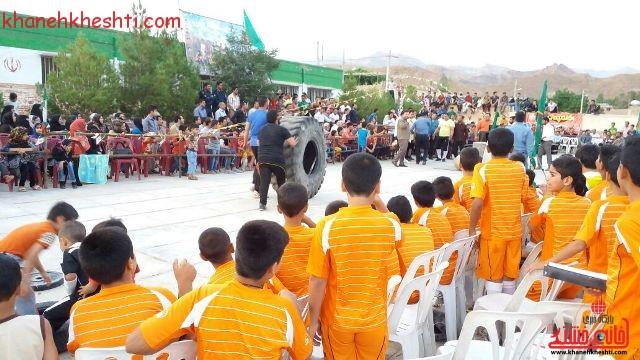 مسابقات قوی ترین مردان رفسنجان_خانه خشتی (۸)