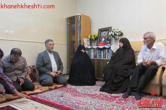 چشم دل خانواده دو شهید گمنام رفسنجانی روشن شد + عکس