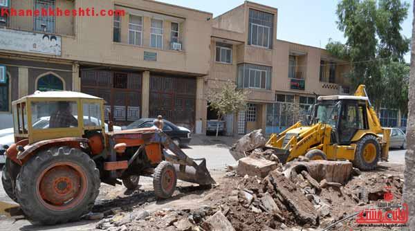 قطعی بیش از ۷۰۰ خط تلفن حین خاکبرداری پیاده روهای روستای هرمزآباد رفسنجان + عکس