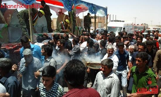 استقبال مردم بخش فردوس از شهدای غواص-خانه خشتی (۷)