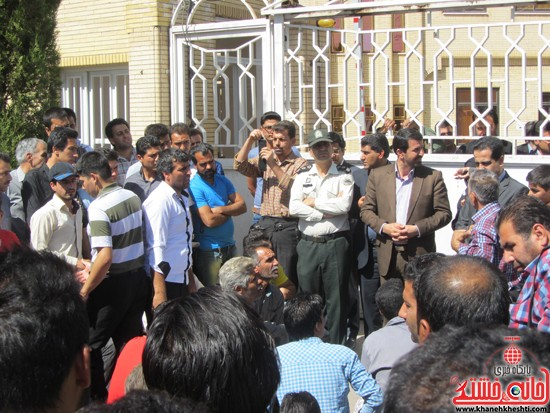 تجمع اعتراض به حضور افاغنه در رفسنجان-خانه خشتی (۱۲)