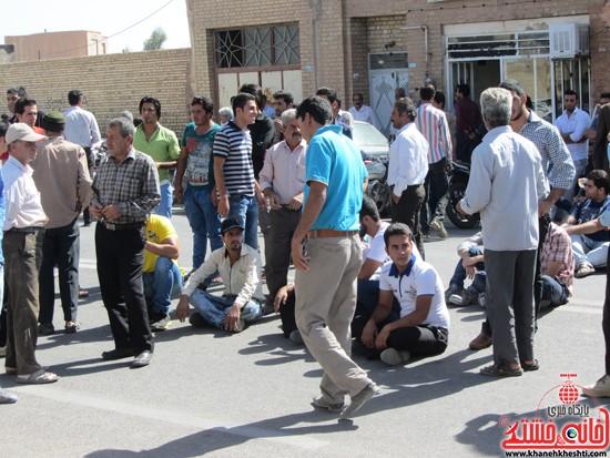تجمع اعتراض به حضور افاغنه در رفسنجان-خانه خشتی (۳)
