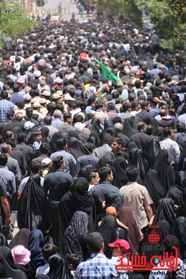 خاکسپاری شهید آخوندی-رفسنجان-خانه خشتی (۱)