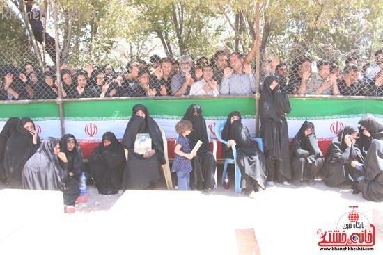 خاکسپاری شهید آخوندی-رفسنجان-خانه خشتی (۱۰)