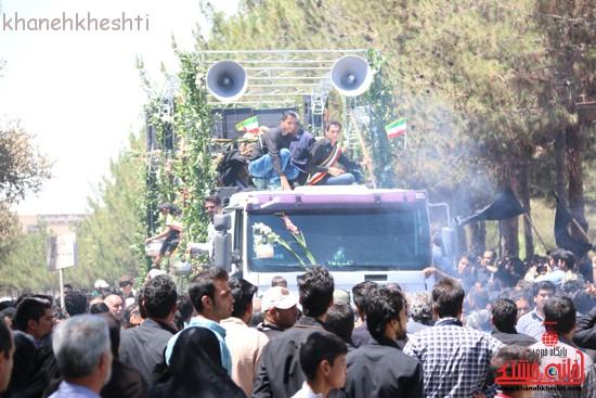 خاکسپاری شهید آخوندی-رفسنجان-خانه خشتی (۱۶)