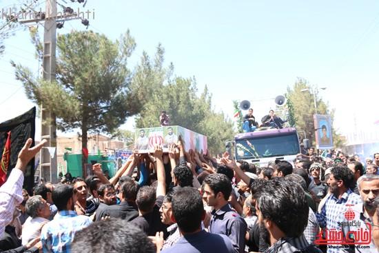 خاکسپاری شهید آخوندی-رفسنجان-خانه خشتی (۱۷)