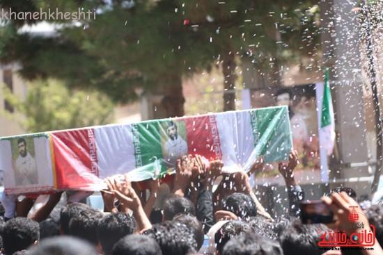 خاکسپاری شهید آخوندی-رفسنجان-خانه خشتی (۱۸)