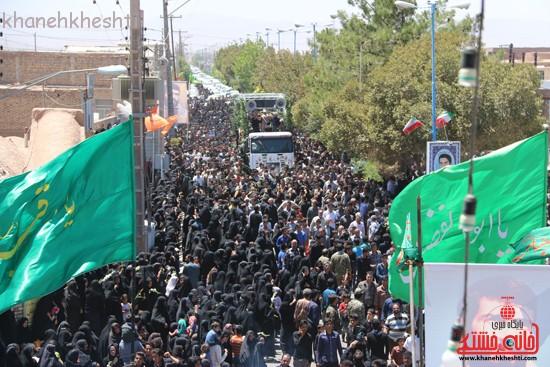خاکسپاری شهید آخوندی-رفسنجان-خانه خشتی (۲۳)
