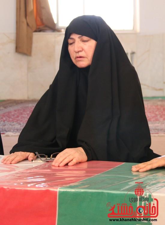 خواهر شهید رجب علی پور: حسن جان عزیز دلم، گریه ی ما شرکت در حماسه ی توست