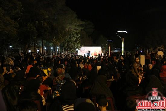 دوربین خانه خشتی در جشن میلاد امام رضا (ع) در رفسنجان (۷)